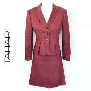 TAHARI Red 2-Piece Suit Floral Pattern
